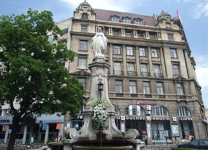 «Заложил 3 кг тротила»: В центральной части Львова неизвестный пытался подорвать Божью Матерь