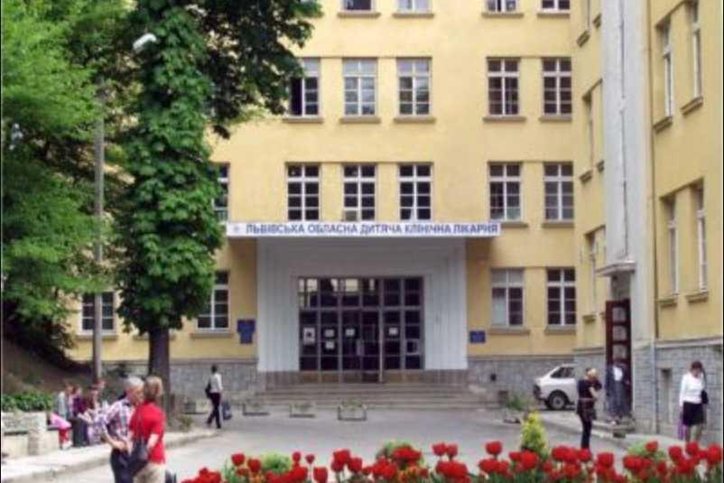 «Было тяжелое ожидания, были сильные боли»: Львовские медики провели уникальную операцию