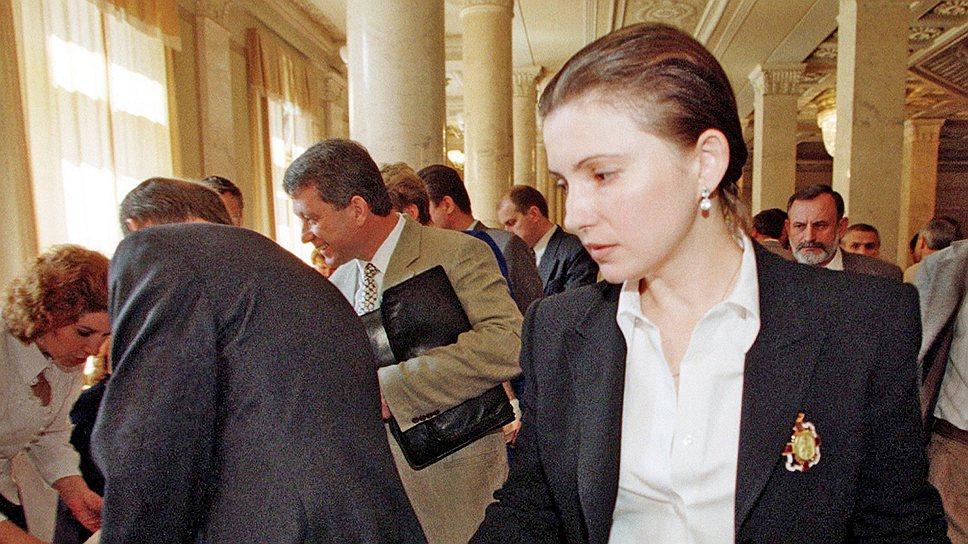 «Ее воспринимали очень сексуальной…»: Известный политтехнолог рассказал кто и когда посоветовал носить Тимошенко косу