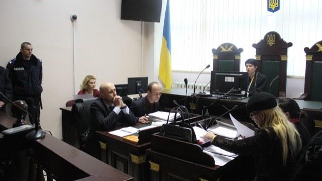 Не бедно наш суд живет: Судья «приберег» 555 тис гривен наличных