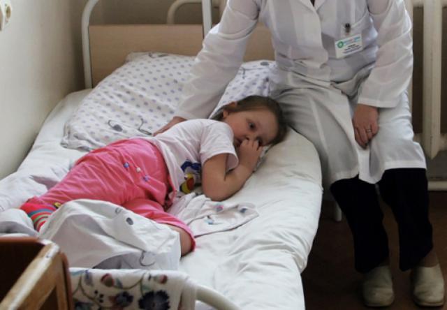 «Набирает обороты»: В Запорожье опасная болезнь продолжает «косить» детей