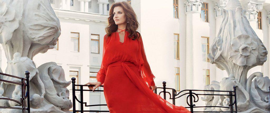 Уроки стиля от первой леди: раскрыт секрет идеального вида Марины Порошенко, топ нарядов для торжеств и повседневной жизни