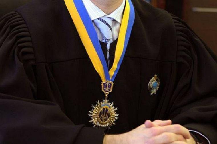 Очень скромный судья: 105 тис. гривен в качестве процентов в банке