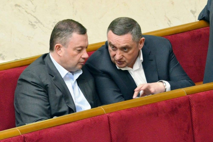 Помогает? Известный львовский депутат руководит пятью компаниями Дубневича