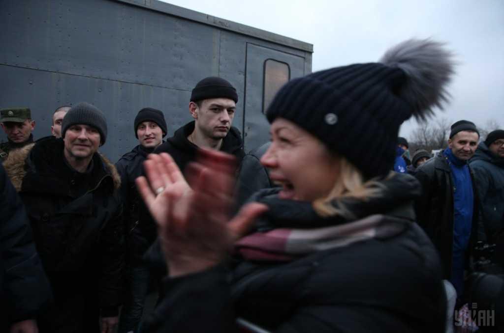 На обмен пленных ездила в дешевой шапочке, а сама живет в хоромах: появились эксклюзивные фото резиденции Ирины Геращенко
