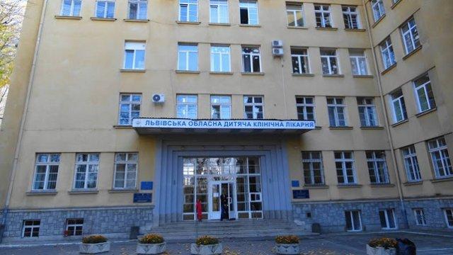 В ОХМАДИТе Львова погибла женщина, которая упала в шахту лифта