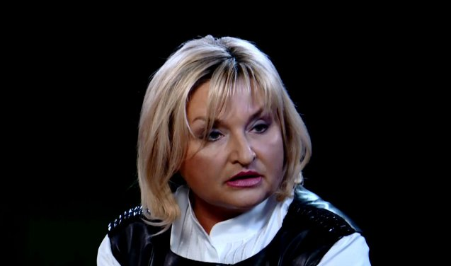Шубу дома забыла? Вот как выглядела Ирина Луценко на встрече освобожденных пленных в Харькове