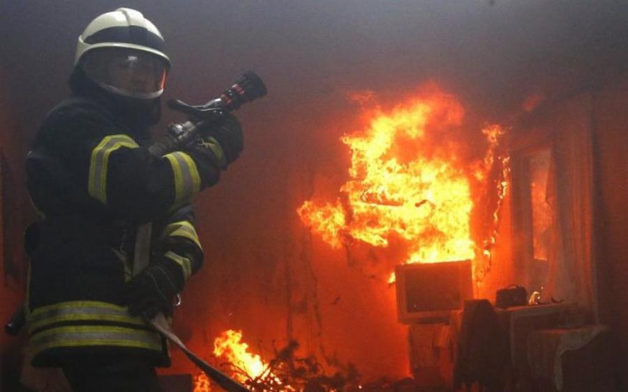 В самом сердце Киева вспыхнуло самое известное здание столицы