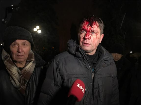 Петарды и избиения брусками правоохранителей: Ночью штурмовали палаточный городок Саакашвили, есть первые жертвы