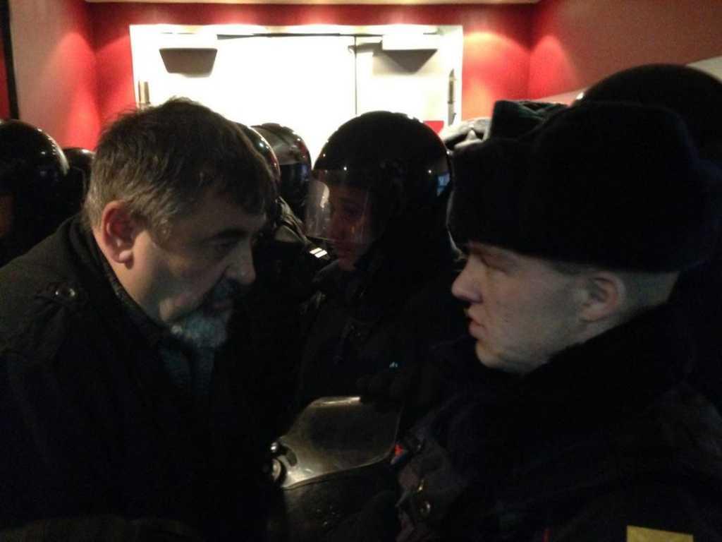 Облили экран мочой и угрожали зрителям: Сорвали показ украинского фильма