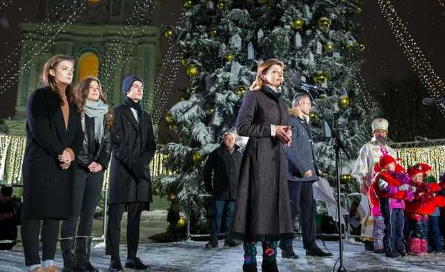 «Откуда у вас берется столько дерзости…»: Праздничное выступление Марины Порошенко ошеломило украинцев