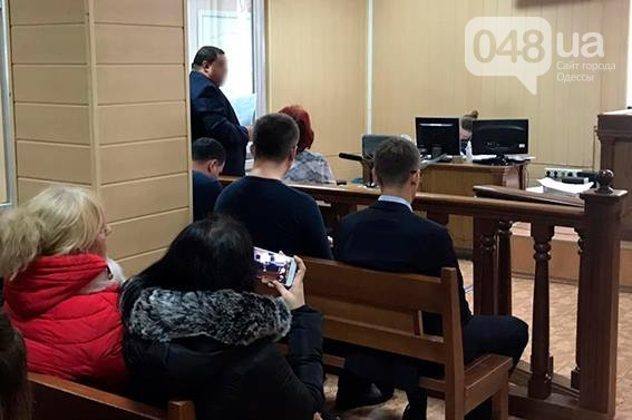 В Одессе полицейские следователи присвоили себе 120 тысяч долларов