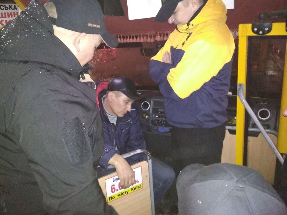 «Отец погиб на войне»: Ветераны АТО проучили водителя-наглеца (ВИДЕО)