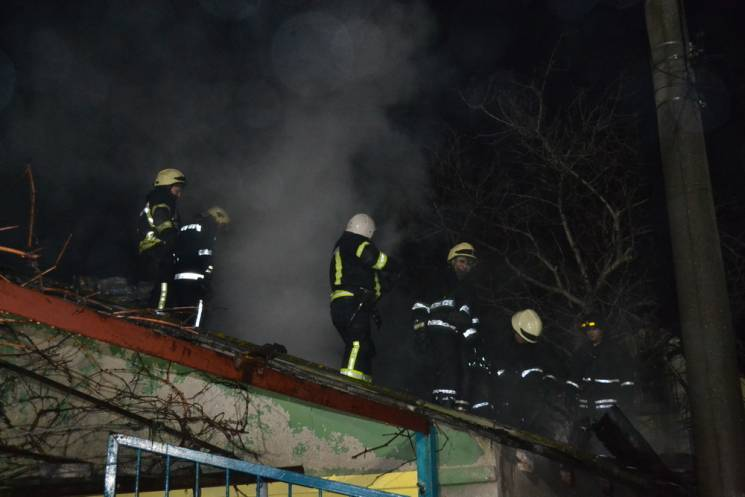 В Одессе произошел пожар, сгорел двухэтажный дом