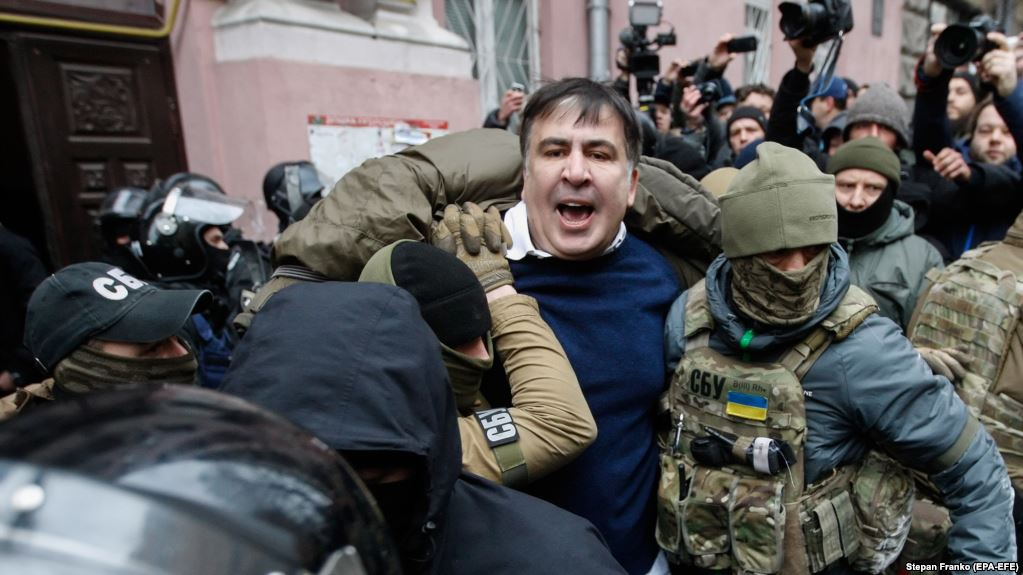 Пока вы спали: Саакашвили задержали, политик написал письмо (ФОТО)
