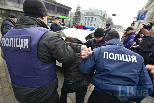 «Это тот, что разграбил город в Луганской области…»: соцсети возмутили данные о начальнике Нацполиции в Никополе