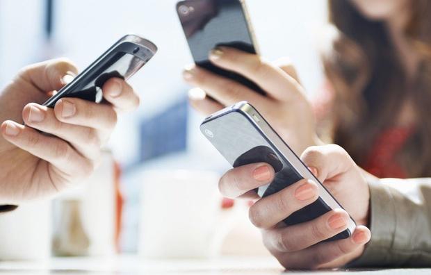 Операторы будут предоставлять данные об абонентах: за украинцами будут следить с помощью смартфонов