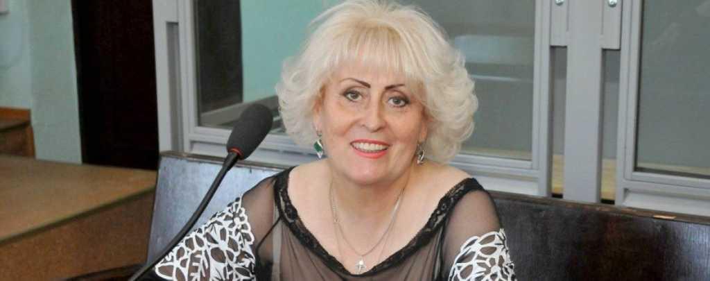 Роковая женщина: Это уже пятый судья по делу Штепы, которого уволили