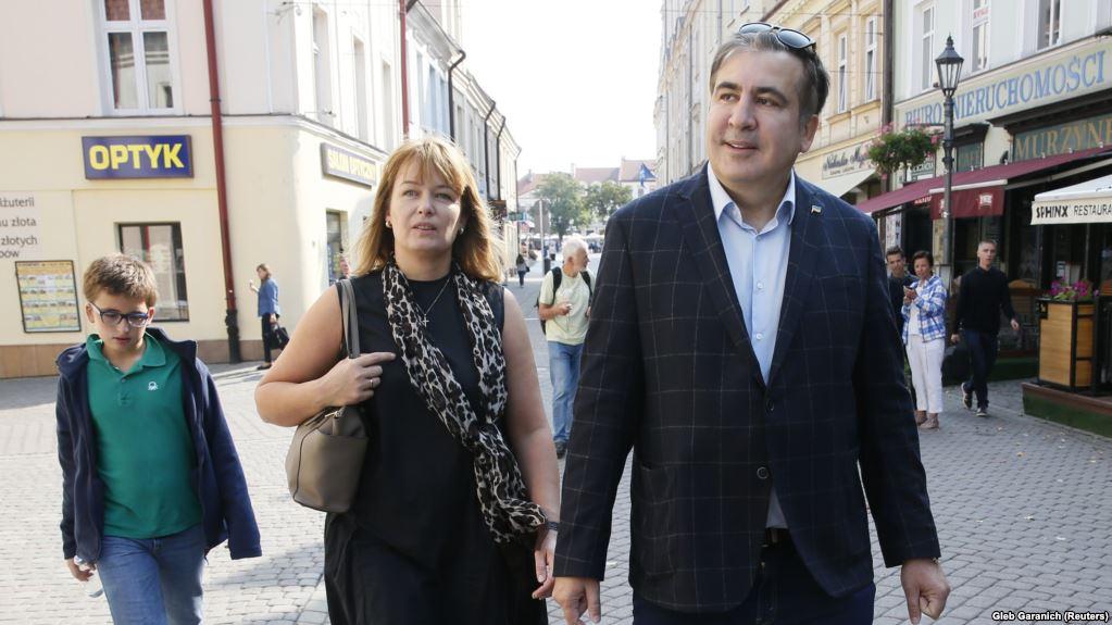 «Он просит свою жену …»: Стало известно о просьбе Саакашвили к своей избраннице