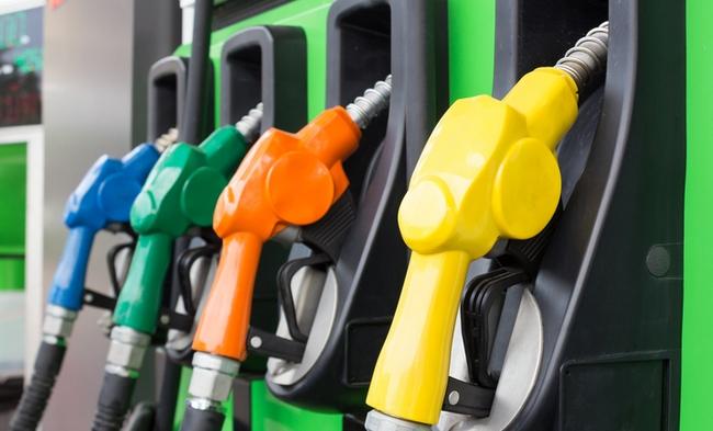 «Преодолел отметку в 31 гривну»: цены на топливо стремительно растут, эти цифры вас точно удивят