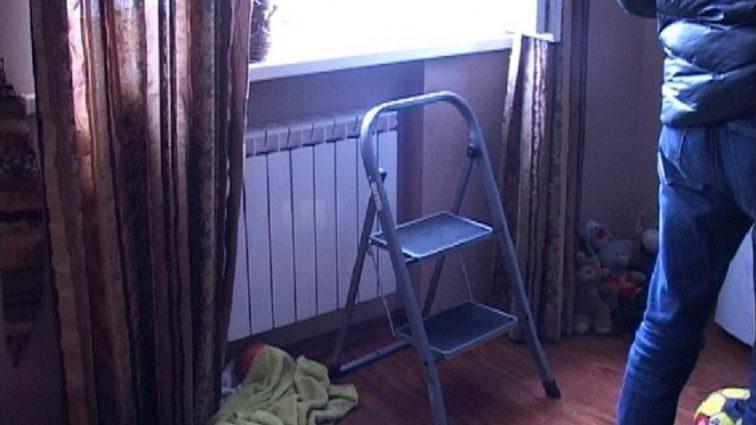 «Не хотела быть обузой для семьи…»: пенсионерка выпрыгнула с окна 5-го этажа