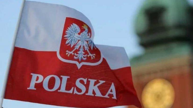Президент подписал! Новые правила трудоустройства иностранцев в Польше