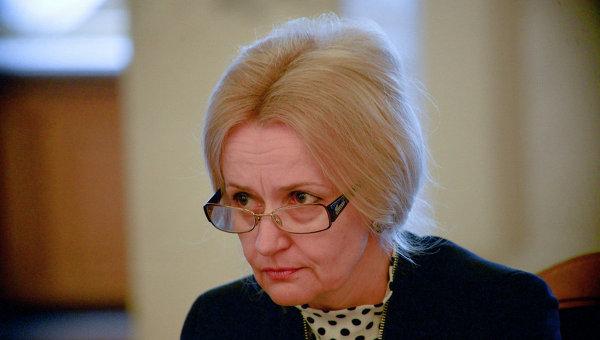 «На коленях в присутствии священика!» Фарион сделала резкое обращение к известному украинскому журналисту