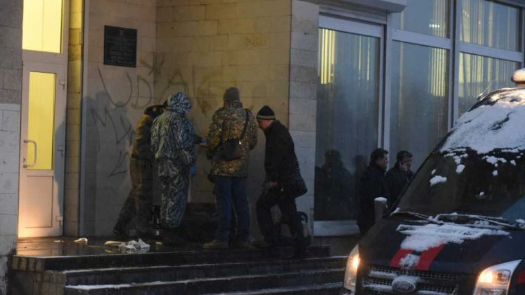 «Мужчине оторвало кисть руки»: В Киеве прогремел чудовищный взрыв