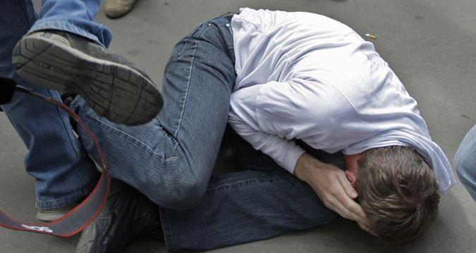 Берегите детей! В Ужгороде жестоко избили 16-летнего парня