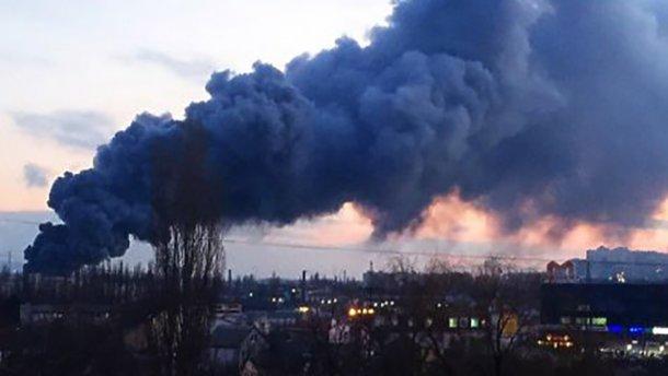 Срочно! Донецк страдает от масштабных взрывов