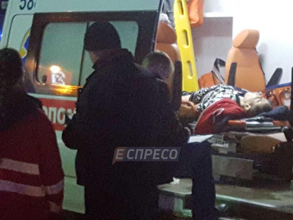 «Продавщицу порезали ножом»: В Киеве произошла резня в магазине (видео)