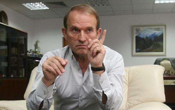 «Медведчук наш человек, он даст на Крым своих людей»: известный журналист сообщил ошеломляющие данные