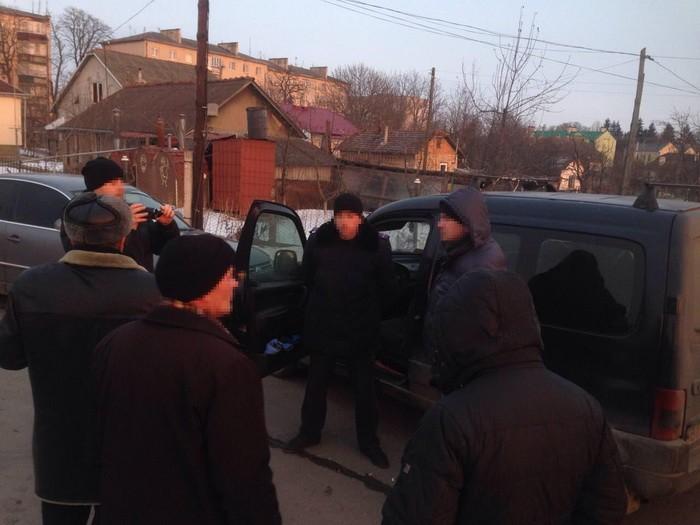 Поймали «на горячем»: на Львовщине мэра задержали на огромной взятке