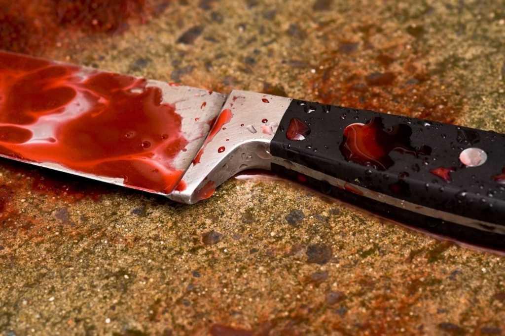 «Нанесли ножевые ранения парню и девушке»: Дерзкое ограбление магазина на Львовщине