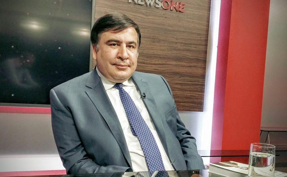 «Ошибочные решения он принимает на трезвую голову…»: Саакашвили рассказал об «алкогольных» вкусах Порошенко