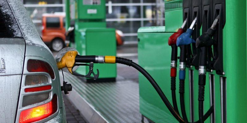 Из-за того что дешевле? В Украине запретили продажу бензина и дизтоплива этого стандарта