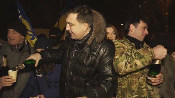 От Саакашвили до Яроша: как встретили Новый год политики (Подборка фото)