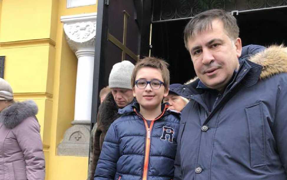 «Мне было примерно столько же, сколько сейчас моему сыну…»: Саакашвили сделал откровенное заявление