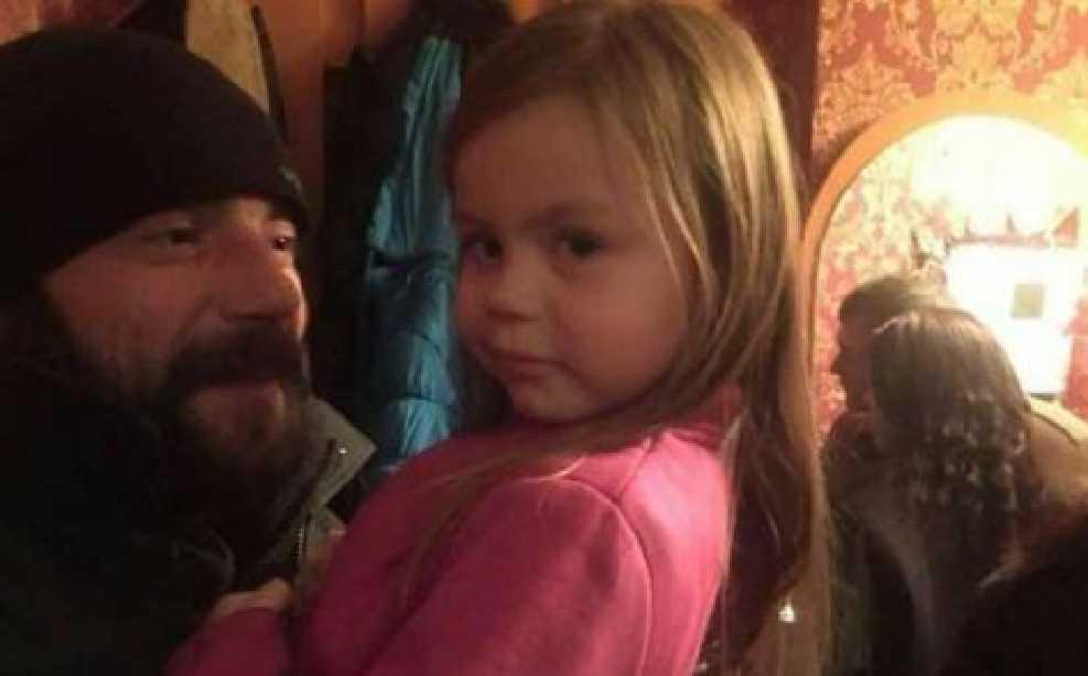 «Она сама просила этого не делать…»: Исчезнувшая девочка не захотела возвращаться к пьяной бабушке (Видео)
