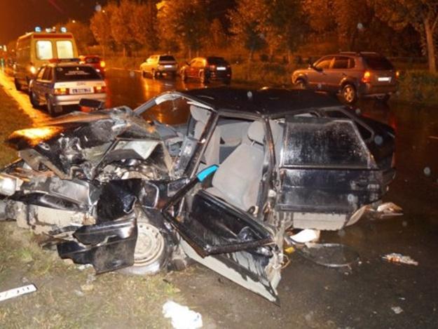 «Столкнулись легковой автомобиль и микроавтобус»: На Львовщине произошло ужасное ДТП