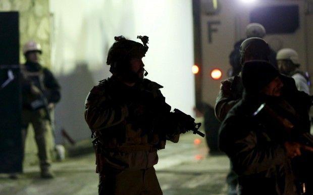 «Погибло пять человек»: В известном отеле произошла перестрелка, есть погибшие и раненые