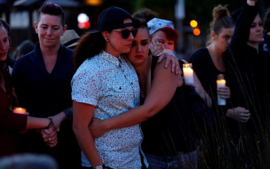 «По меньшей мере десять человек погибли и шестеро…»: неизвестные открыли стрельбу в популярном клубе