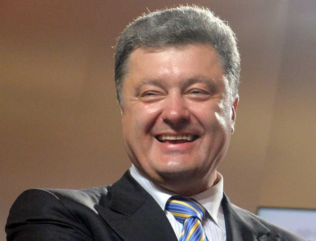 Предложил журналистке раздеться: Поведение Порошенко в Давосе вызвало бурные обсуждения