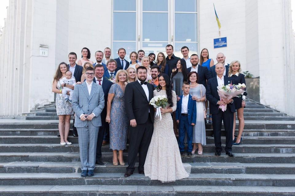 «Есть семья невесты, есть семья жениха…»: Луценко сделала эмоциональное заявление о свадьбе сына