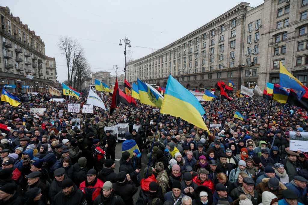 «Единственное, пока будет продолжаться…»: Известный астролог сделал эмоциональное заявление о третьем Майдане