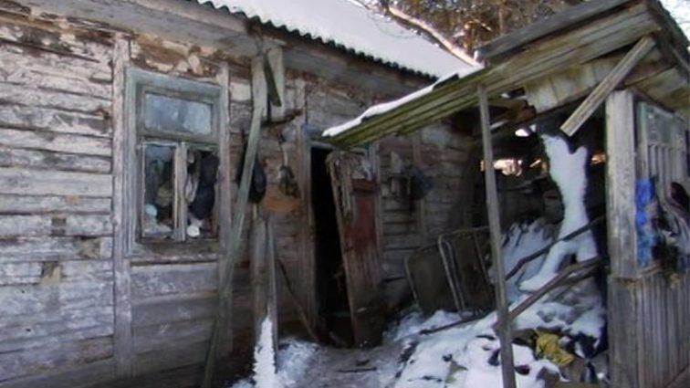 «Имели 2000 долларов и 15 тис. гривен…»: Две сестры замерзли в собственном доме (ФОТО)
