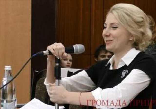 «Любовница мэра стала секретарем горсовета…»: Чем известна Попсуй Анастасия Викторовна