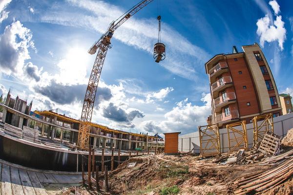 «Строительство более 180 жилых комплексов для…»: Кому из украинцев повезет получить жилье от государства