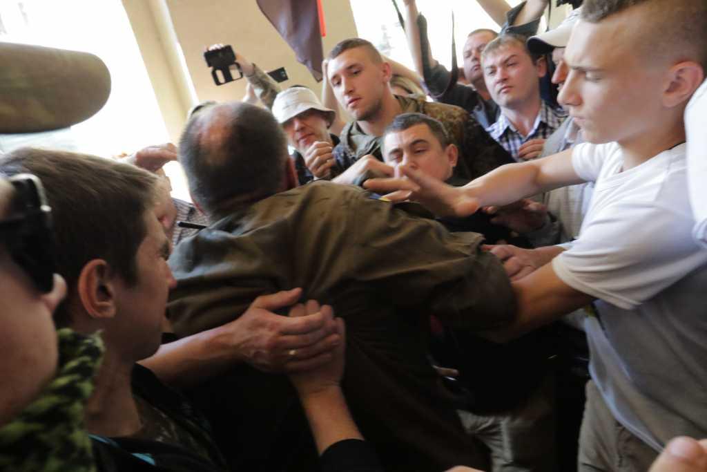 «Стапе аллё…»: В Львовском городском совете состоялась схватка (ВИДЕО)
