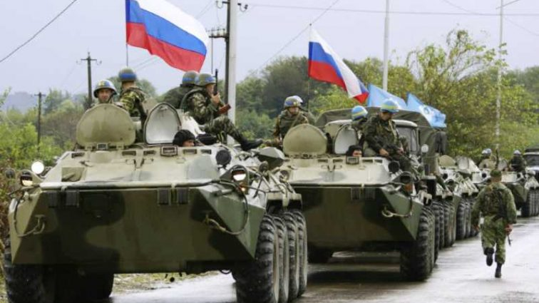 Премьер призвал готовиться к вторжению России в Украину